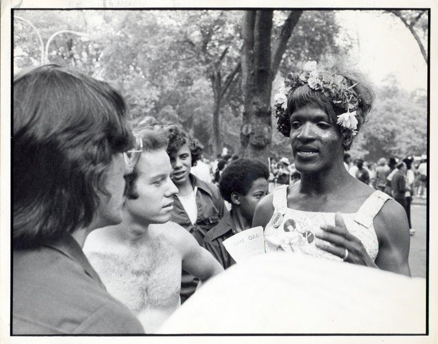 La activista en una marcha LGBT