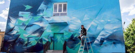 """Paner nos regala esta belleza de mural titulada """"Mirror Land"""" en Polonia"""