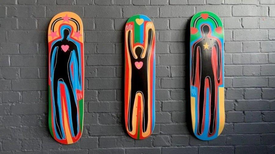 """Colección de patinetas """"The Family"""" de Adam Neate"""