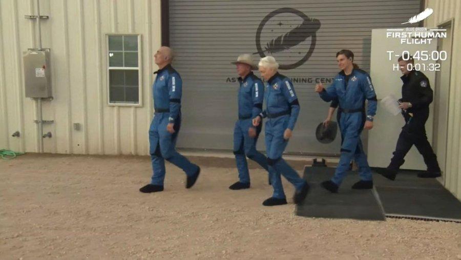 Tripulación de turismo espacial de Blue Origin