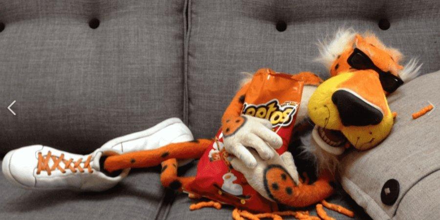 Cheetos originales y su mascota