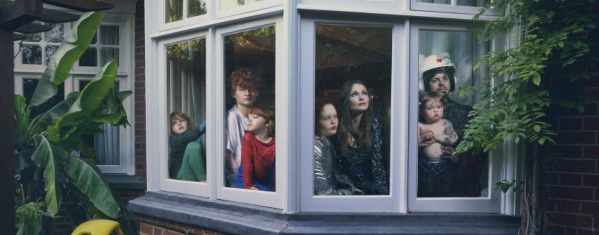 Julia Fullerton Batten y su serie fotográfica Looking Out From Within