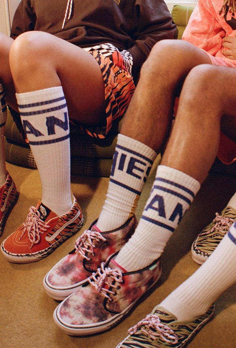 Aries x Vans, la psicodelia de los setenta en una colección de ropa