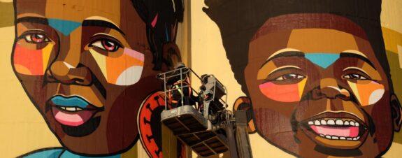 Nardstar presentó un fabuloso mural titulado «Ubuntu»